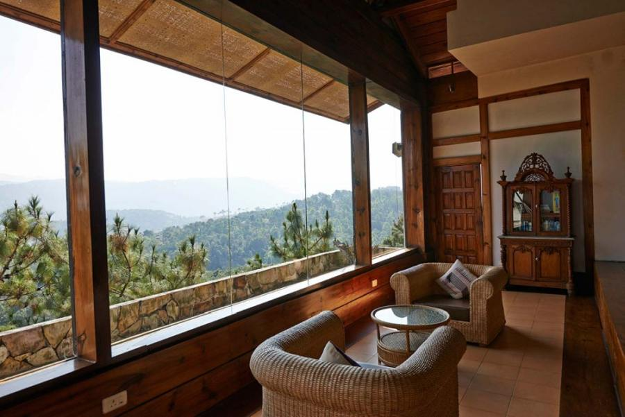 Lounge, Ri Kynjai Serenity by the Lake, Shillong, Indien Rundreise