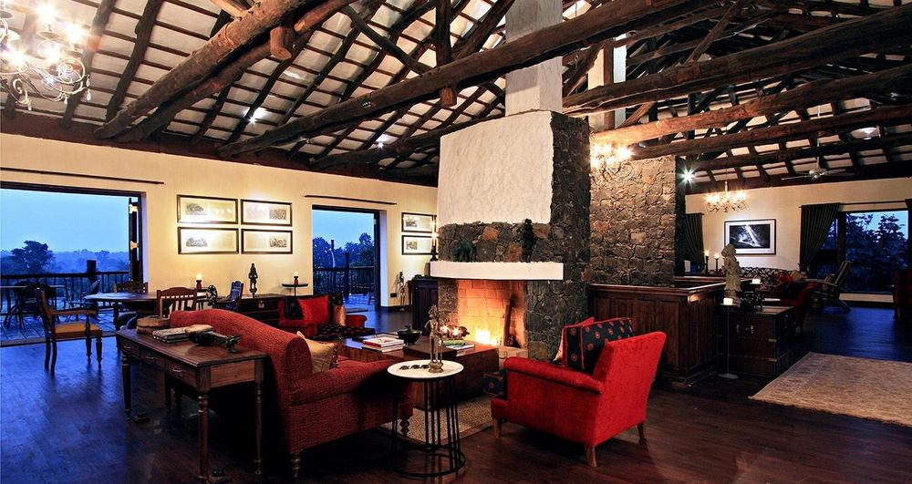 Lounge, Samode Safari Lodge, Bandhavgarh, Indien Rundreise